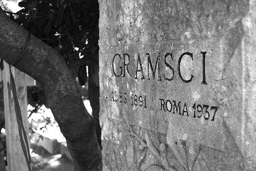 gramsci_tumba